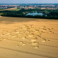 Crop Circles and fake Aliens